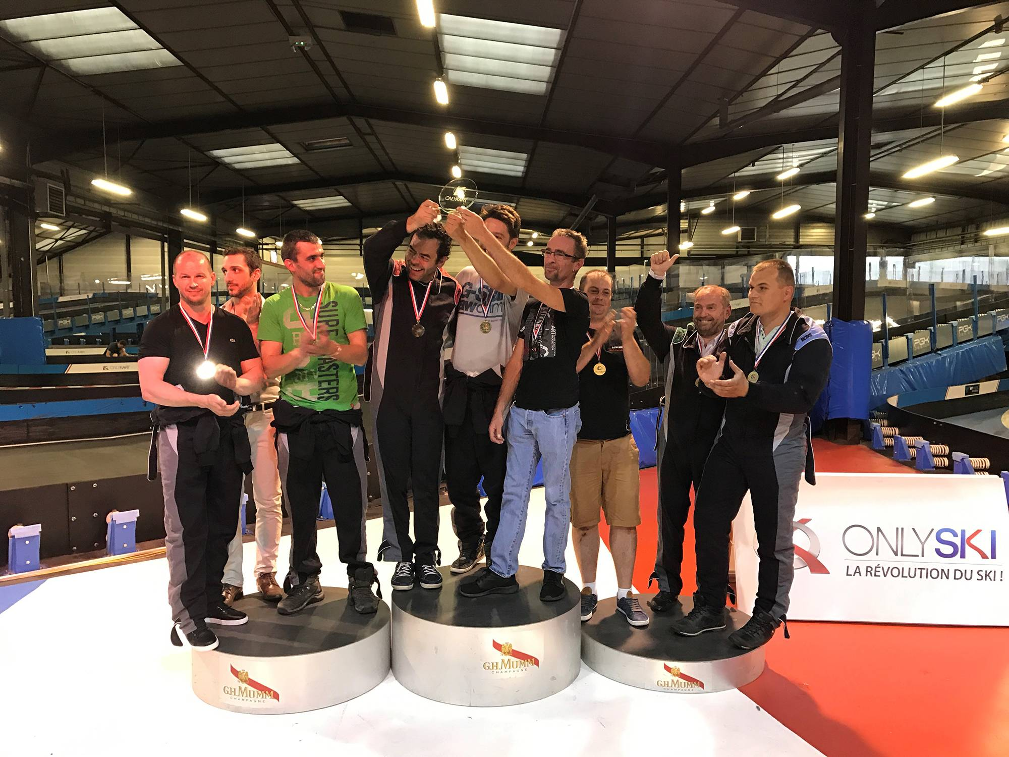 podium trophée karting électrique de la côtière